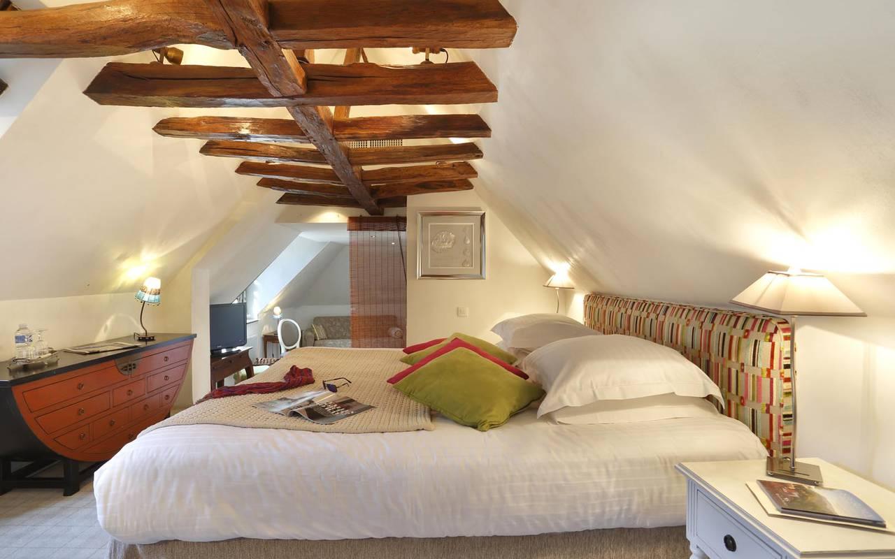 Wooden beam hotel loire