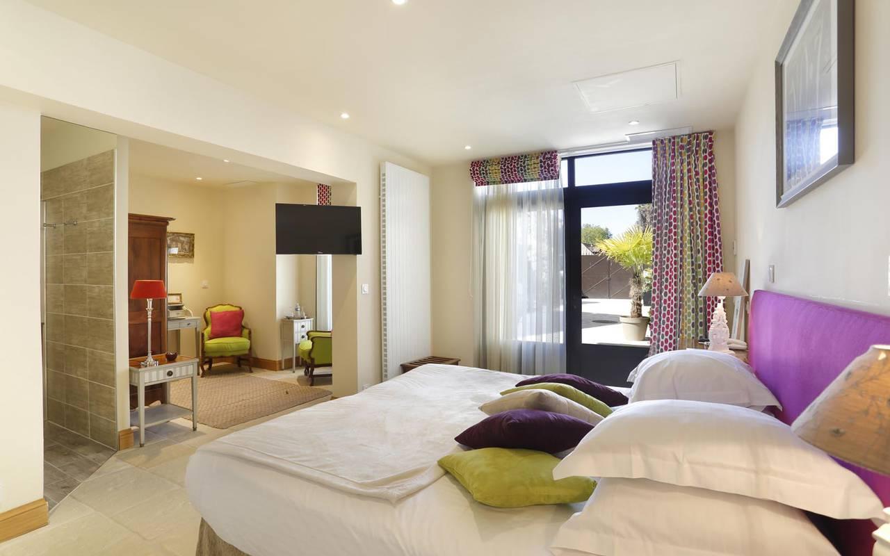 Garden view double room hotel loire