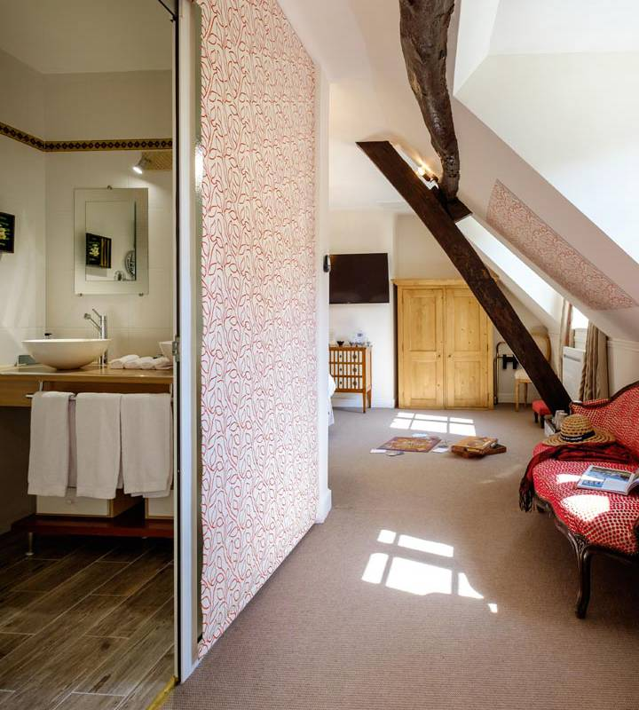 Luxurious charming room hotel touraine