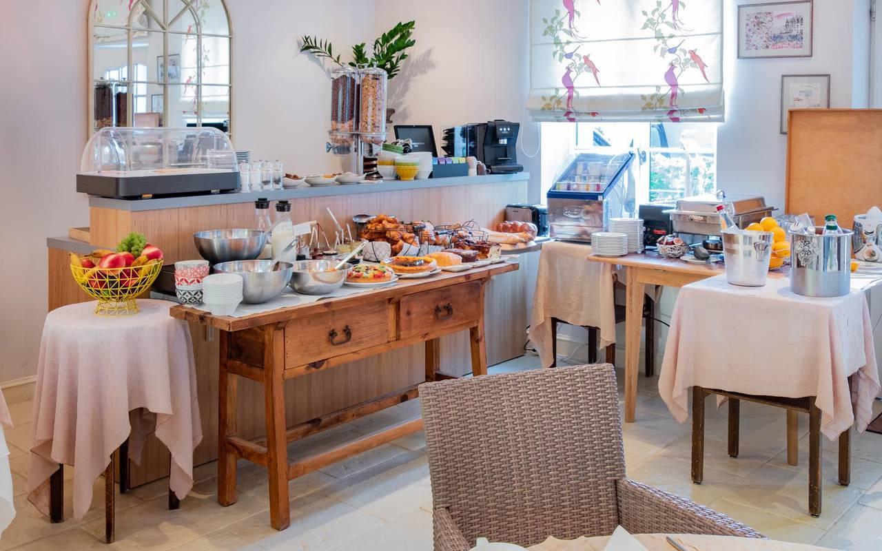Delicious buffet restaurant loire et indre