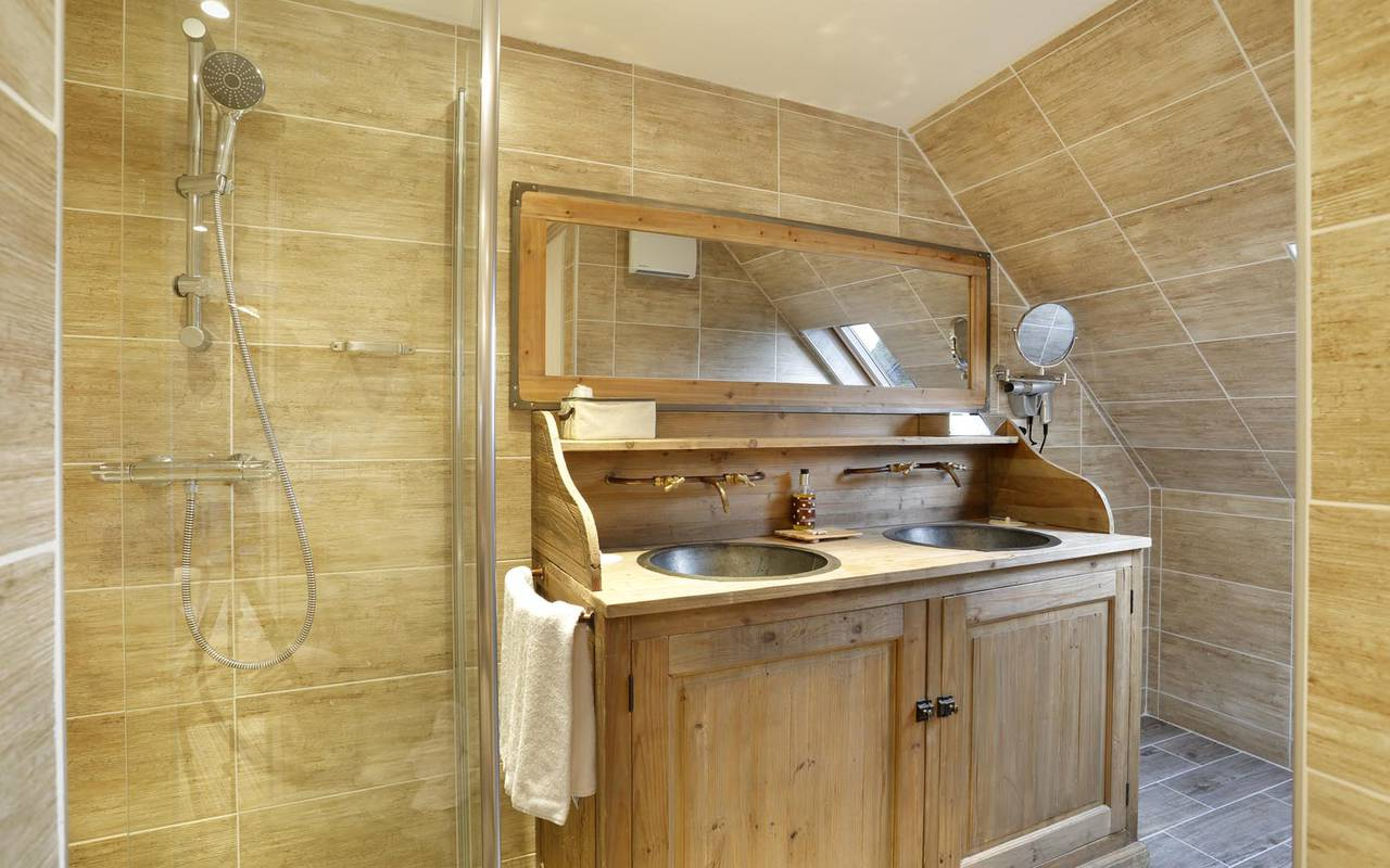 Luxueuse salle de bain hôtel de charme tours