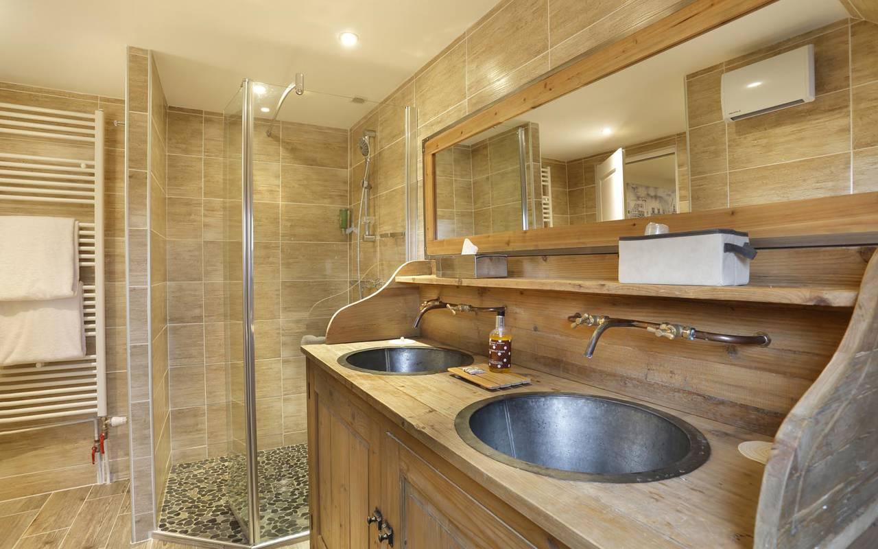 Grande salle de bain prestigieuse hôtel de charme tours