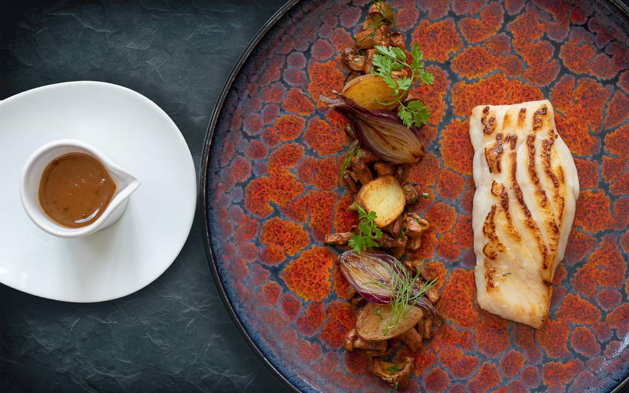 Plat cuisiné restaurant hôtel de luxe loire